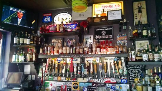 Black Market Bar & Grill