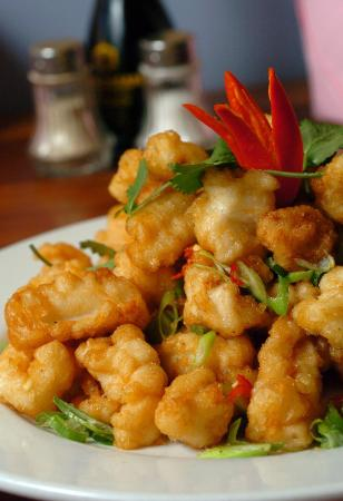 Queanbeyan, Australia: Yummilicious...Rock Salt Chilli Squid!