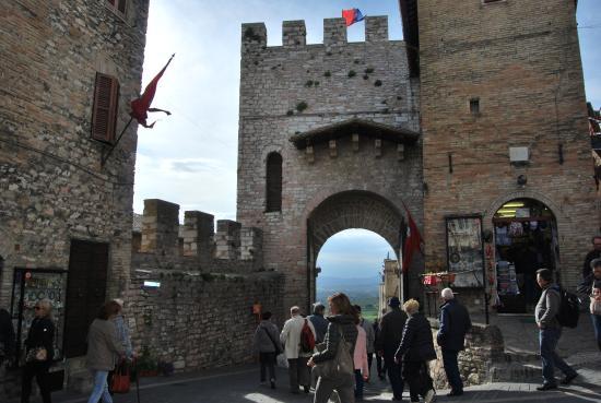 Hotel Berti: porta San Francesco