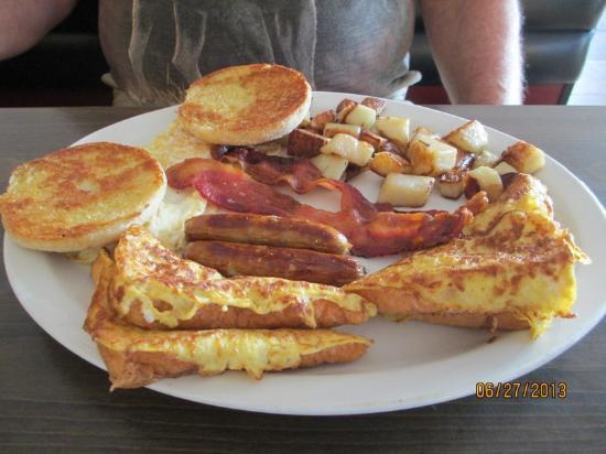Errol, Nueva Hampshire: Breakfast at Northern Exposure!