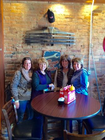 Centerville, IA: Girls day out