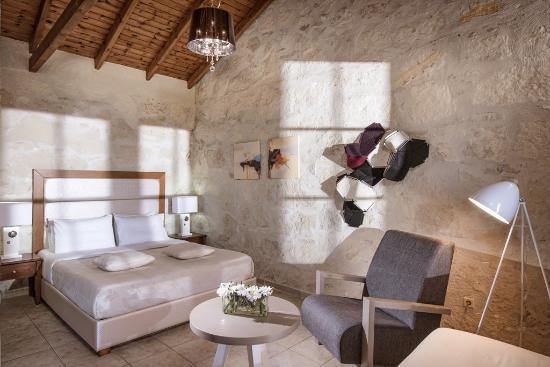 هابي كريتان سويتس: Stone Suite Sea View Jacuzzi