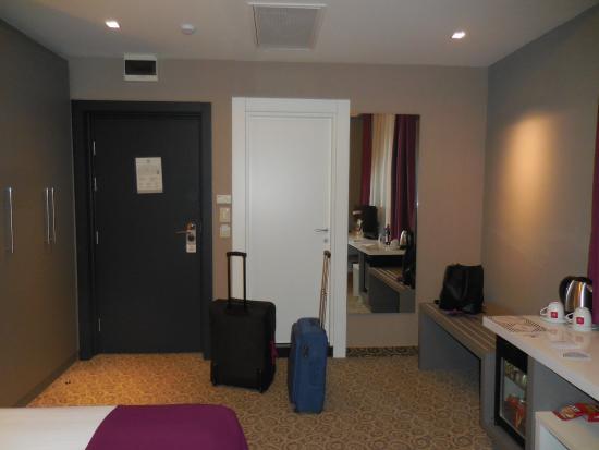 spacious picture of 88 rooms hotel belgrade tripadvisor rh tripadvisor com