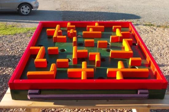 Miramichi, Canadá: Golf Ball Maze Challenge
