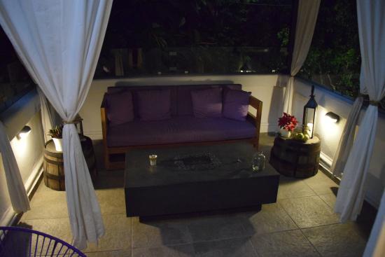 Hotel Villa Condesa: second floor cozy terrace common area, but private