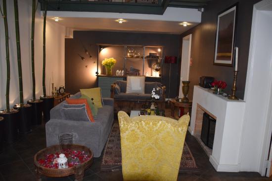 Hotel Villa Condesa: first floor common area