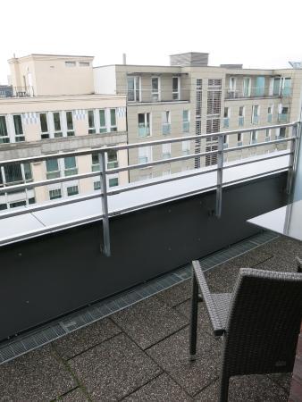 balcony facing west picture of hampton by hilton berlin city west rh tripadvisor ie