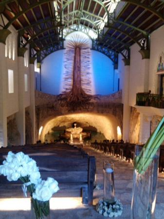 Mexico Travel Advisors Day Tours : Virgen de Guadalupe en rivera maya