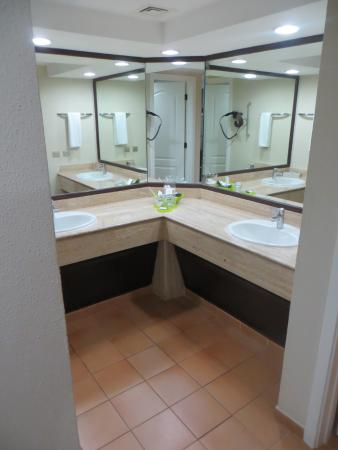 nice bathroom picture of barcelo bavaro beach adults only punta rh tripadvisor ca