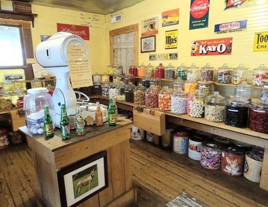 Dobson, North Carolina: general store