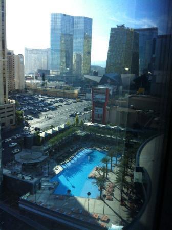 piscina picture of elara by hilton grand vacations las vegas rh tripadvisor co uk