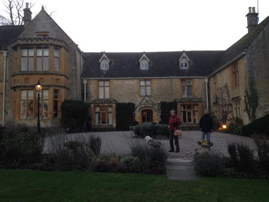 Lords of the Manor Hotel: front view
