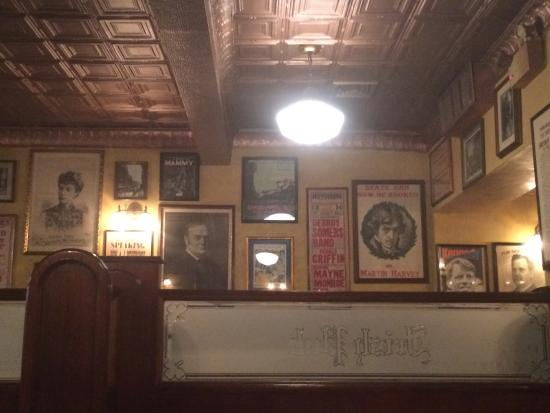 irish pub decor and food picture of irish pub philadelphia rh tripadvisor co za