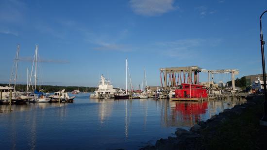 Belfast, ME: Harbor walk