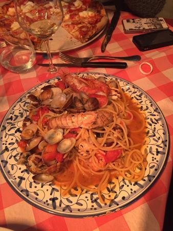 Ponte a Bozzone, Itália: Primi piatti di pesce!