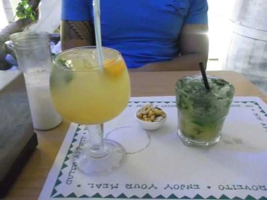 TAPADU: sangria blanche et morito