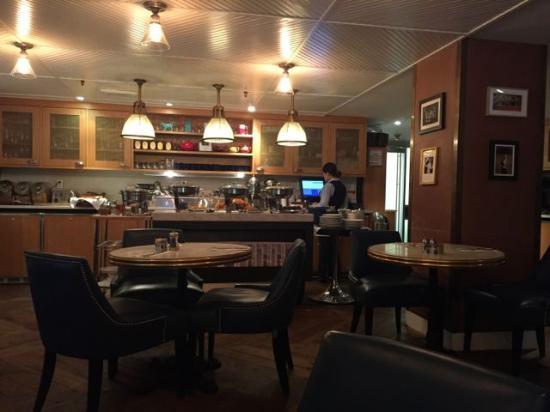 the roger parlour lounge new york city midtown restaurant rh tripadvisor com au