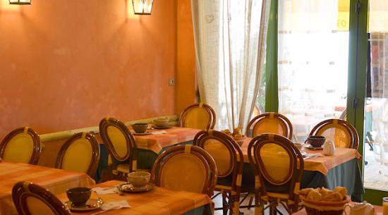 """Calle du restaurant """"Chez CARRIERE"""""""