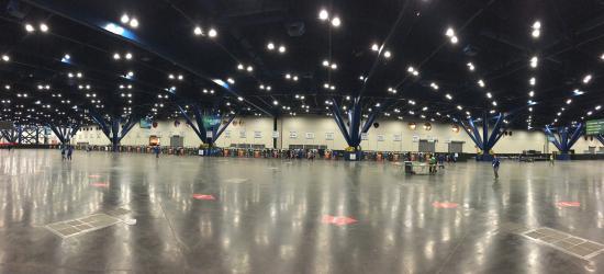 George R. Brown Convention Center: GRB Ground Floor Houston Marathon 2016 Gear Check