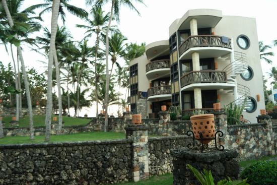Hotel El Magnifico: Building 6