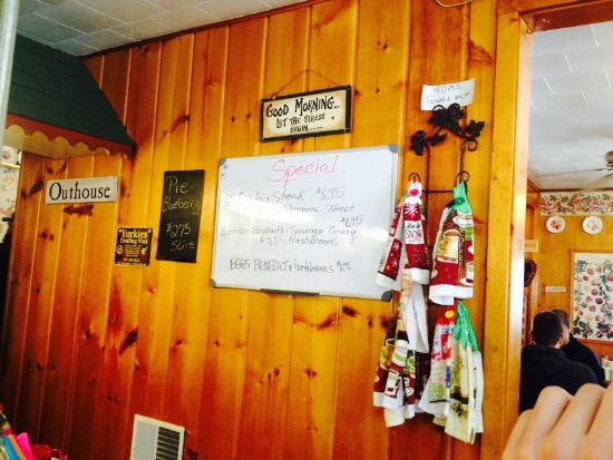 Rosie's Country Cafe: Great little diner...