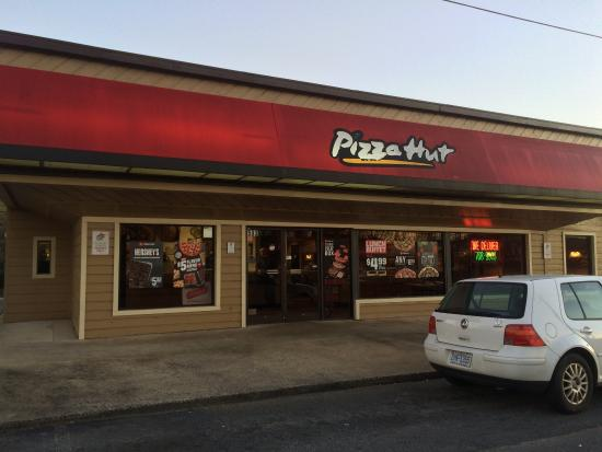pizza hut winston salem 593 s stratford rd restaurant reviews rh tripadvisor ca