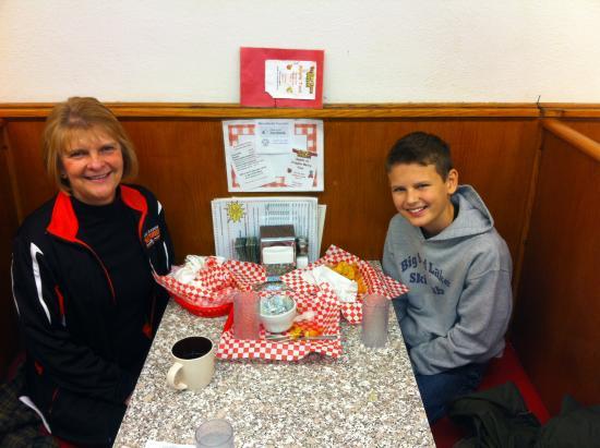 Park Rapids, MN: Lunch at Minnesoda Fountain-Deer Season