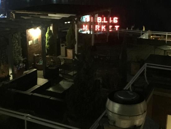 Inn at the Market: Outside deck