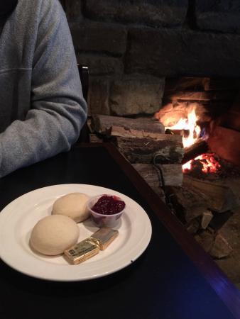 McMahon's Irish Pub & Restaurant: photo0.jpg