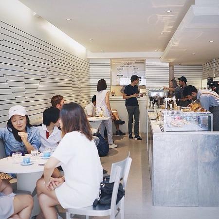 Kaizen Coffee Co. Bangkok: Japanese minimalist deco with Australian coffee menu
