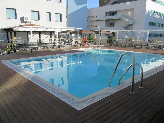 Pool sevilla center hotel tripadvisor - Garden center sevilla ...