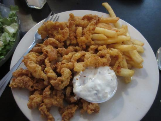 Wells River, VT: Clam Strip dinner!