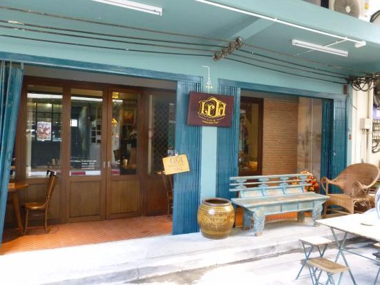 Err Urban Rustic Thai Exterior