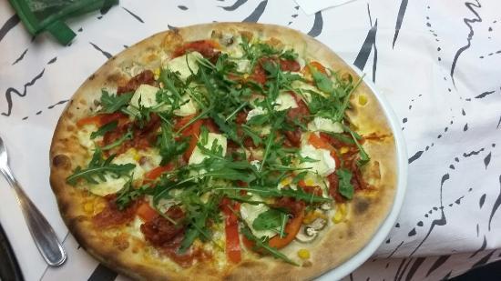 Pizzeria La Girandola Di Attisano Giuseppina