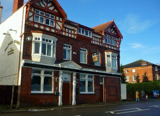Halfway House, Childer Thornton