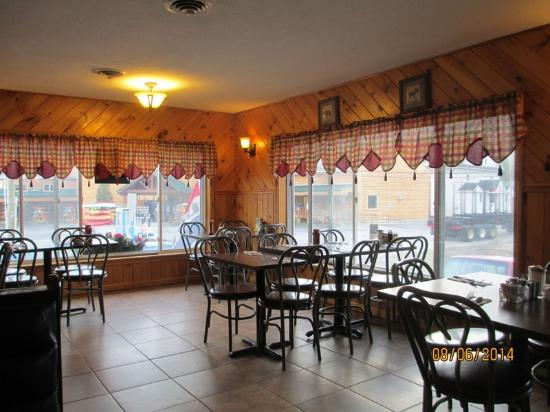 Errol, Nueva Hampshire: Northern Exposure Dining Room