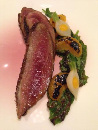 Providence: Одно из блюд - нежный стейк с овощами.
