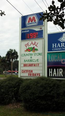 Pearl Country Store : Sign outside near 441