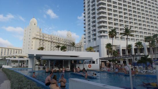 the swimming pool picture of hotel riu palace aruba palm eagle rh tripadvisor com