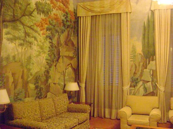 Badia Di Campoleone: stanza