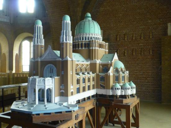 Koekelberg, Bélgica: Maquette à 1/40