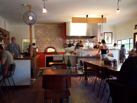 Restaurant interior - Bild von Little Joe, Warburton - TripAdvisor