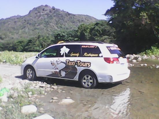 Speedy Rodriguez Taxi Tours