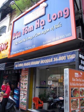 Bac Kam - Bun Tom Ha Long