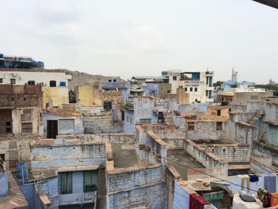 Pushp Guest House: rooftop