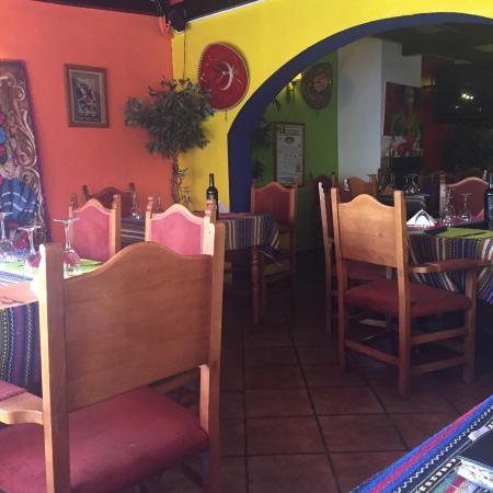 Pancho Villa: Comimos rico y repetiremos. Muy bien ambientado. Hasta ahora es el restaurant mexicano que mas m