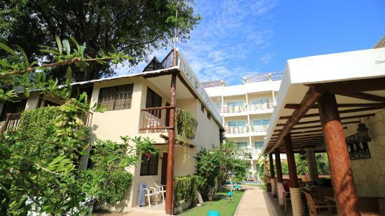 Hotel Posada Sian Ka'an: 庭園