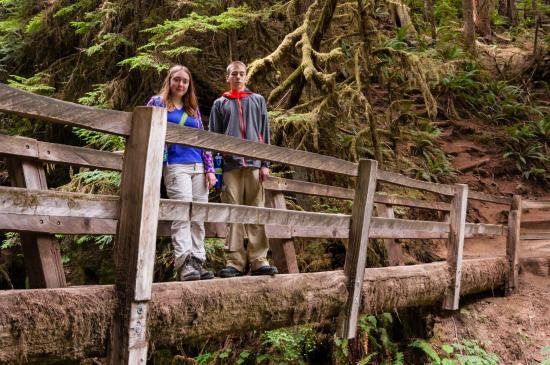 Marymere Falls Trail : Kids on Second Foot Bridge