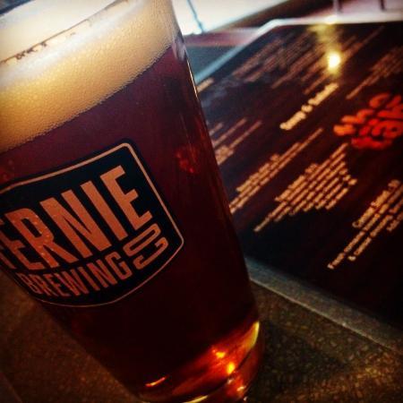 The Golden Taps: Pröva på lite olika öl