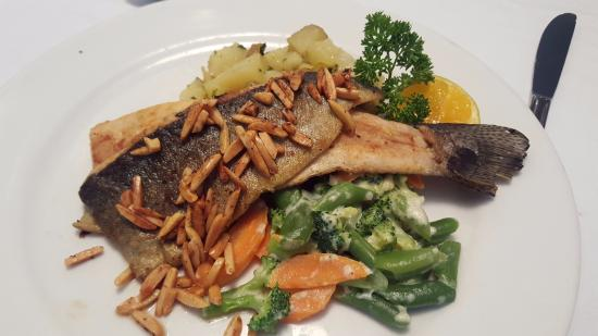The Panamonte Restaurant: Boquete Trout with Almonds
